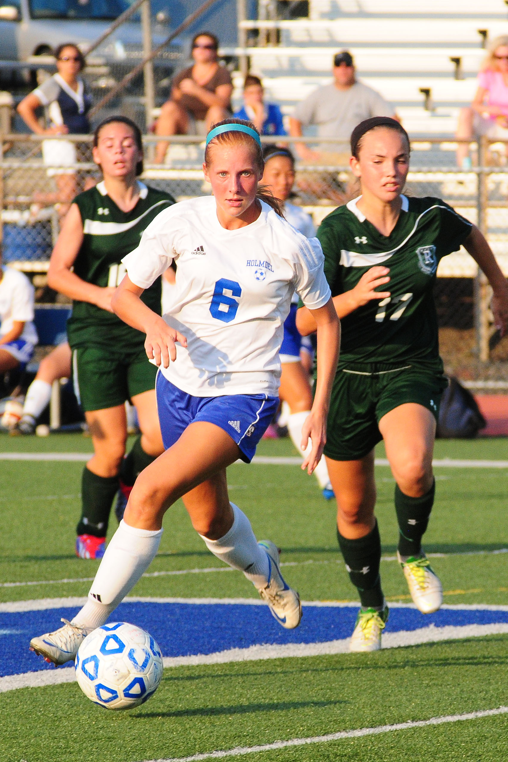 HOLMDEL GIRLS' SOCCER STARTS SEASON WITH PAIR OF WINS By Les Pierce